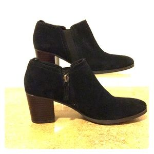 Franco Sarto Suede Ankle Boots 6M